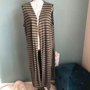 LuLaRoe Joy Green Knitted Stretch Vest Size Large